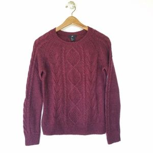 H&M round neck knit sweater Burgundy size Small